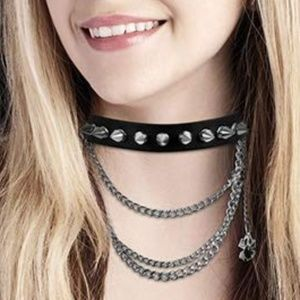 Jewelry - Adjustable Gothic Choker Spike Leather Necklace